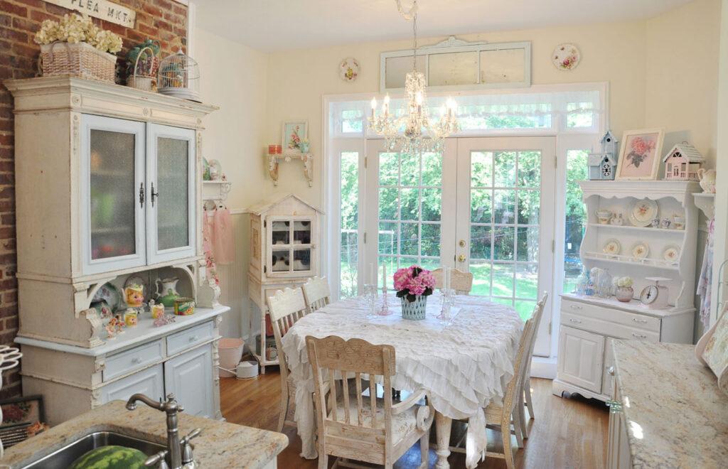белая кухня винтажный стиль