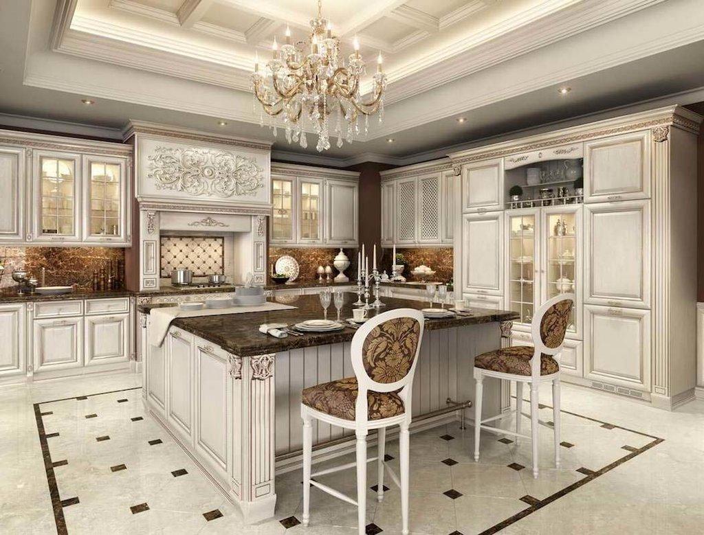 красивая кухня в классическом интерьере
